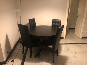 Vendo tavolo con 4 sedie mondo convenienza posot class for Tavolo rotondo con sedie a scomparsa