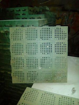 Piastre Da Giardino In Plastica.Vasi Rettangolari In Plastica Verde Stock Di Posot Class