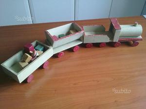 Giocattolo legno trenino d'epoca