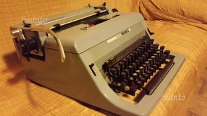 Macchina da scrivere olivetti linea 88