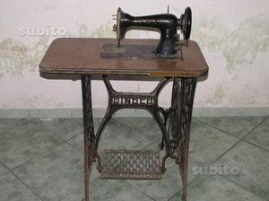 Tavolo con macchina cucire singer posot class - Tavolo macchina da cucire ...