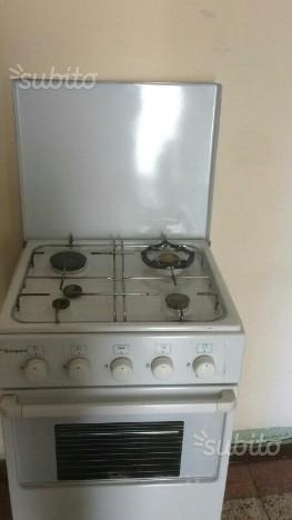 Cucina a gas con forno a gas bompani bianca 4 fuoc