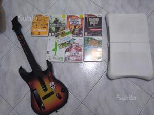 Giochi Wii + Chitarra Guitar Hero + Balance Board