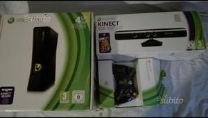 Xbox 360 con Kinect, 2 joistick e 8 giochi