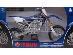 New Ray NY YAMAHA YZ 450 F 1:6 Modellino