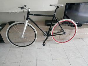 Bici fixed  nuova single speed in alluminio