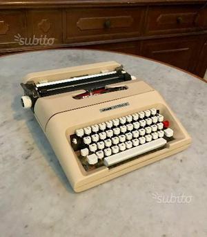 MACCHINA DA SCRIVERE OLIVETTI LETTERA 35 Vintage