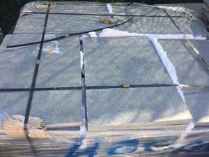 Pietra albanese burattata tagliata posot class for Pietra piasentina fiammata prezzi
