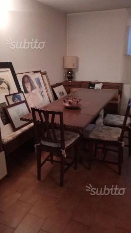 TAVOLO FRATINO in noce con panca e 4 sedie