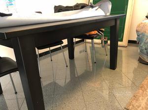 Vendo tavolo allungabile milano posot class for Tavolo cristallo allungabile usato