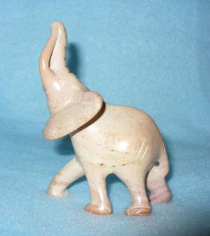 Elefante scolpito in pietra - pezzo unico
