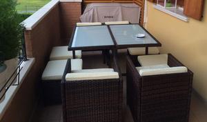 Tavolo e sedie rivestite posot class for Set tavolo e sedie da giardino outlet