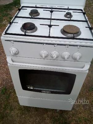 Cucina a gas delonghi