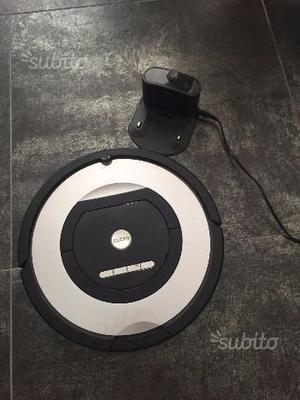 Roomba 774 I Robot aspirapolvere