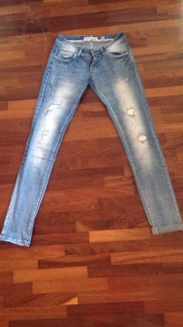 Jeans donna con strass