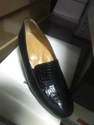 stock di calzature uomo/donna e bambino