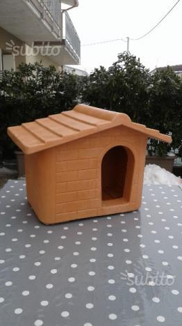 Cuccia in resina per cani di piccola taglia