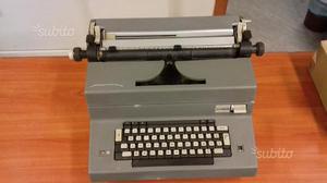 Macchina da scrivere Olivetti EDITOR G4