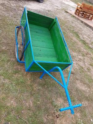 Carrettino da ambulante per biciclette