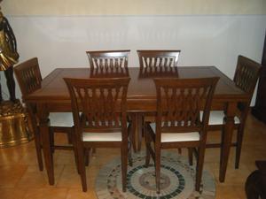 vendo tavolo soggiorno allungabile in noce + 6 sedie. Prezzo