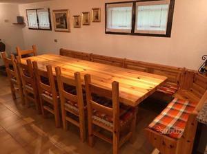Arredamento per taverna posot class for Arredamento montagna on line