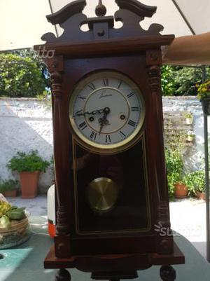 Orologio a pendolo vintage