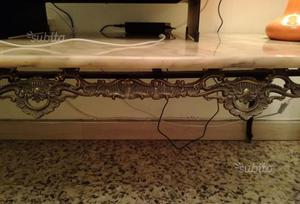 Tavolino arredo di marmo