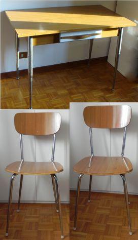 Tavolo e 4 sedie anni '70 modernariato vintage