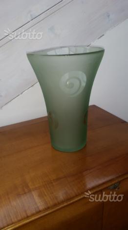 Vaso vetro lavorato