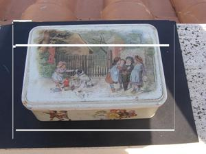 vecchia scatola in metallo francese