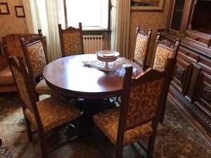 Vendo tavolo in legno allungabile e sei sedie