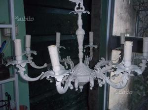 Grande lampadario laccato shabby chic