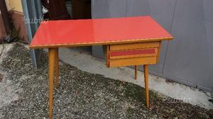 Scrittoio vintage anni  formica rosso