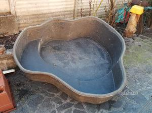 Vasca per laghetto da giardino posot class for Vasca x pesci rossi