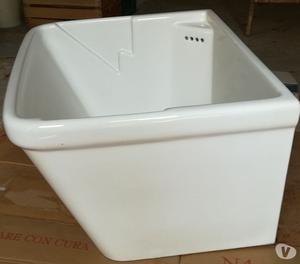 Lavatoio in ceramica