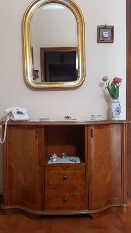 Mobile ingresso e specchio usati