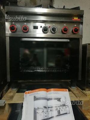 Cucina a gas 4 fornelli e forno revisionata