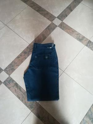 """Jeans nuovi da uomo """"Lever's"""""""