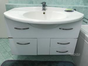 Mobile da bagno con lavello in ceramica