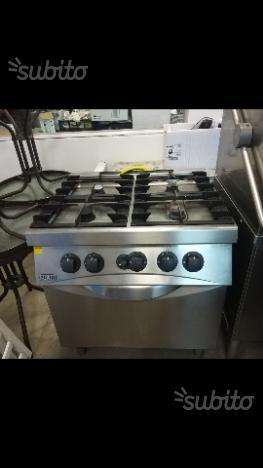 Cucina 4 fuochi con forno zanussi