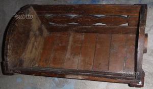 Culla antica di legno