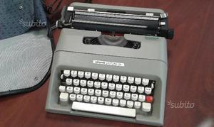 Macchina per scrivere Olivetti Lettera 35 l