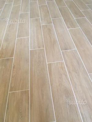 Piastrelle in gres pavimento effetto legno fiordo posot class - Piastrelle color legno ...