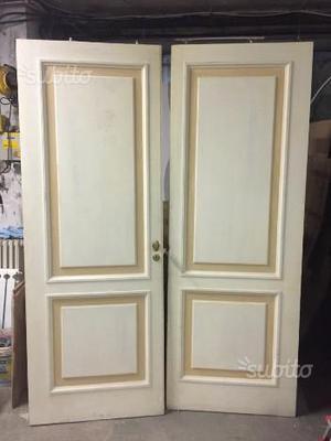 Porte scorrevoli in legno massello n.2