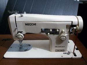 Macchina da cucire necchi d39epoca con mobile posot class for Macchina da cucire femac