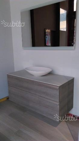 Mobile bagno sospeso L120 con catino - Negozio