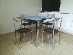 Tavolo allungabile con vetro satinato + 4 sedie