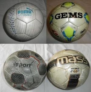 4 Palloni da calcio tg 5, usati poco, in blocco