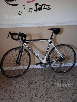 Bici da corsa trek full carbon