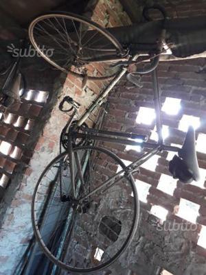 Vecchie bici da corsa